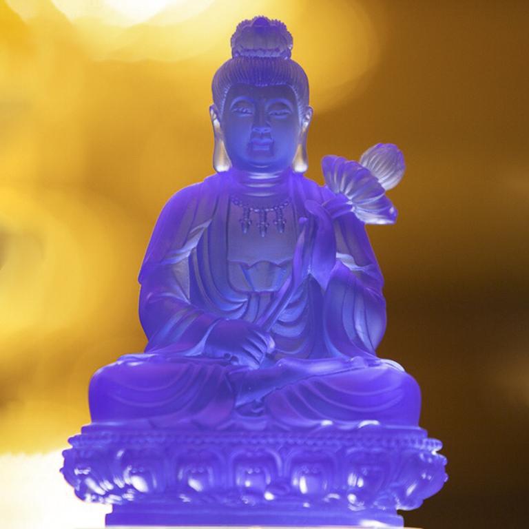 Tượng Phật Đại Thế Chí để xe ô tô màu sapphire