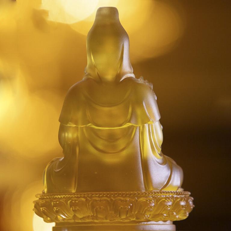 Tượng Phật để xe ô tô đẹp tại Tp Hồ Chí Minh