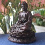 Tượng Phật A Di Đà để xe ô tô bằng đồng thau hợp tuổi tuất