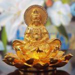 Tượng Phật Quan Âm Bồ tát để xe ô tô bằng hợp kim tại Đồng Nai