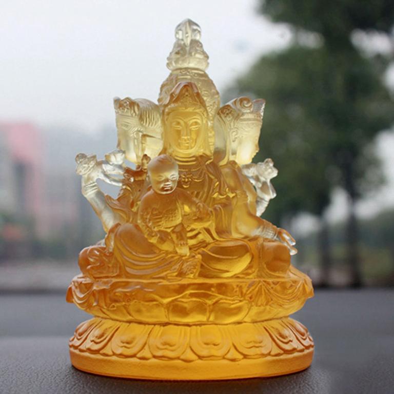 Tượng Phật Quan Âm 4 mặt để xe ô tô