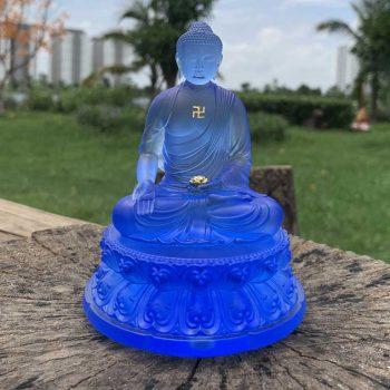 Tượng Phật A Di Đà để ô tô xanh biển