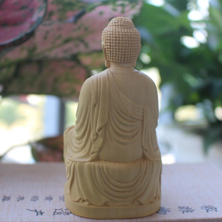 Tượng Phật A Di Đà để xe ô tô bằng gỗ Hoàng Dương cao cấp