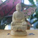 Tượng Phật A Di Đà để xe ô tô đem lại may mắn