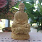 Tượng Phật A Di Đà để xe ô tô tại Tp HCM bằng gỗ Hoàng Dương