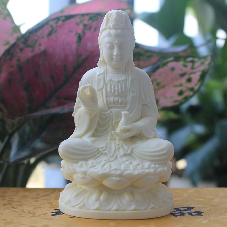 Tượng Phật Bà Quan Âm bằng đá