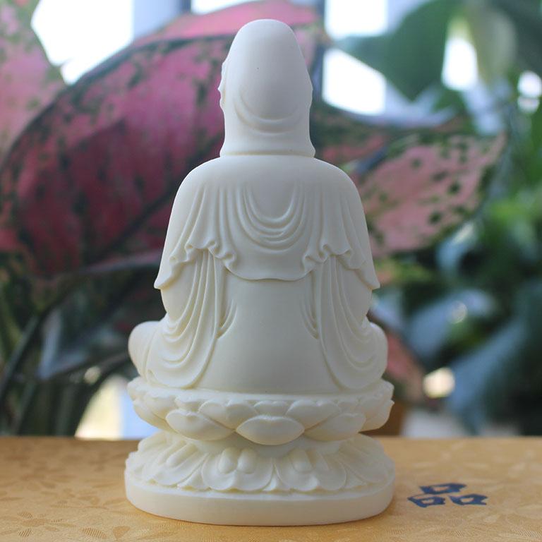 Tượng Phật Bà Quan Âm để xe ô tô bằng đá đẹp