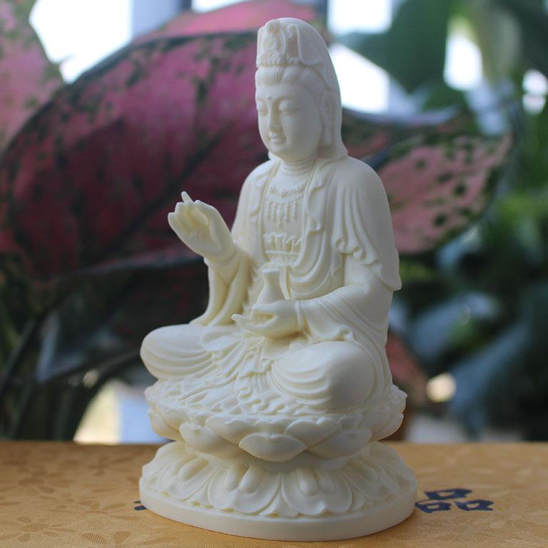 Tượng Phật Bà Quan Âm để xe ô tô bằng đá ngà