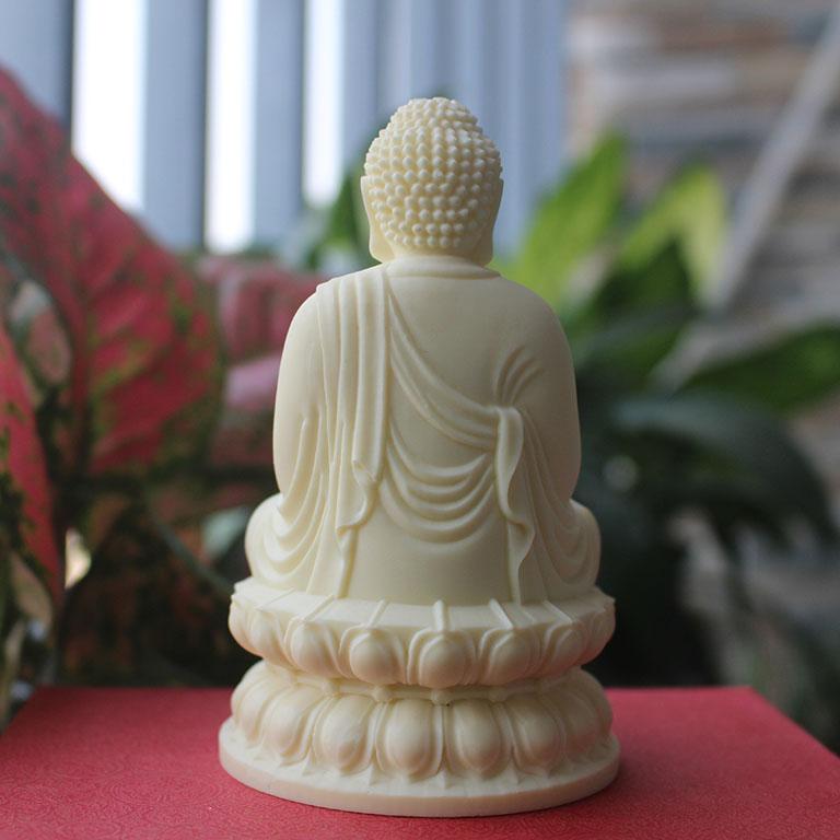 Tượng Phật Thích Ca để xe ô tô bằng đá
