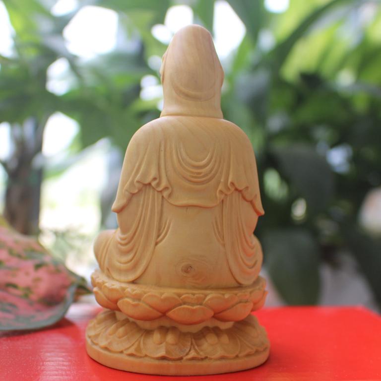 Tượng Phật Quan Âm Bồ tát để xe ô tô