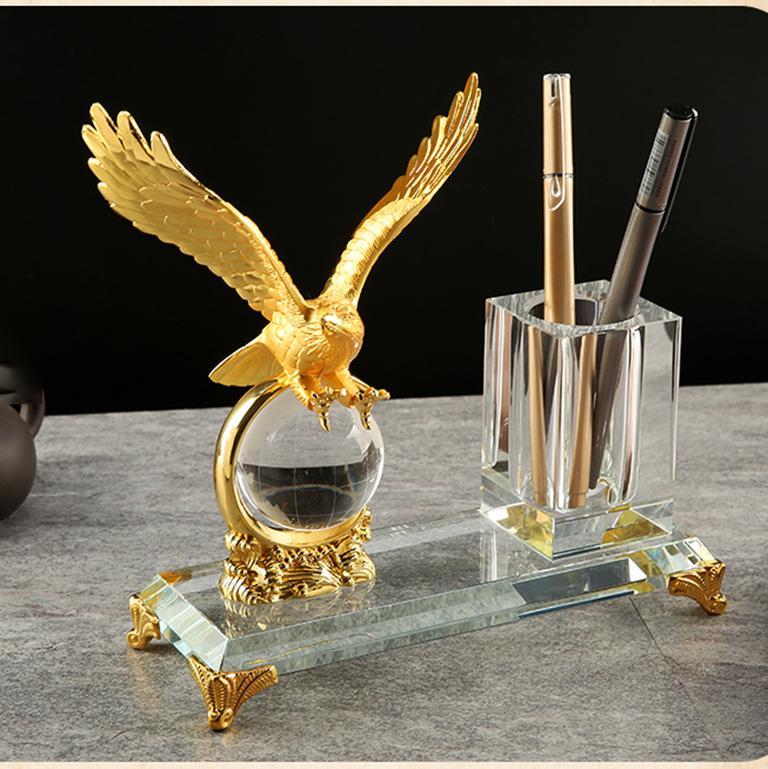 Hộp đựng bút kết hợp giữa pha lê và hợp kim mạ vàng