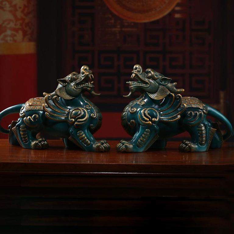 Cặp tỳ hưu phong thuỷ bằng gốm màu xanh