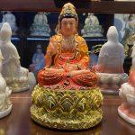 Tượng Phật Bà Quan Âm cao 30 cm phù hợp thờ Phật tại nhà hoặc chung cư