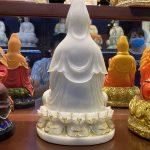 Mặt sau tượng QUan Âm Bồ Tát thờ cúng tại nhà bằng bột đá cao cấp