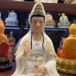Mặt sau tượng QUan Âm Bồ Tát thờ cúng tại nhà bằng bột đá nhập khẩu đài loan