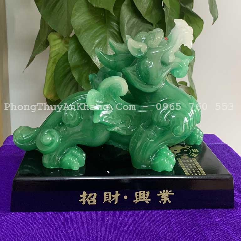 Tượng tỳ hưu để bàn thờ thần tài - ông địa màu xanh