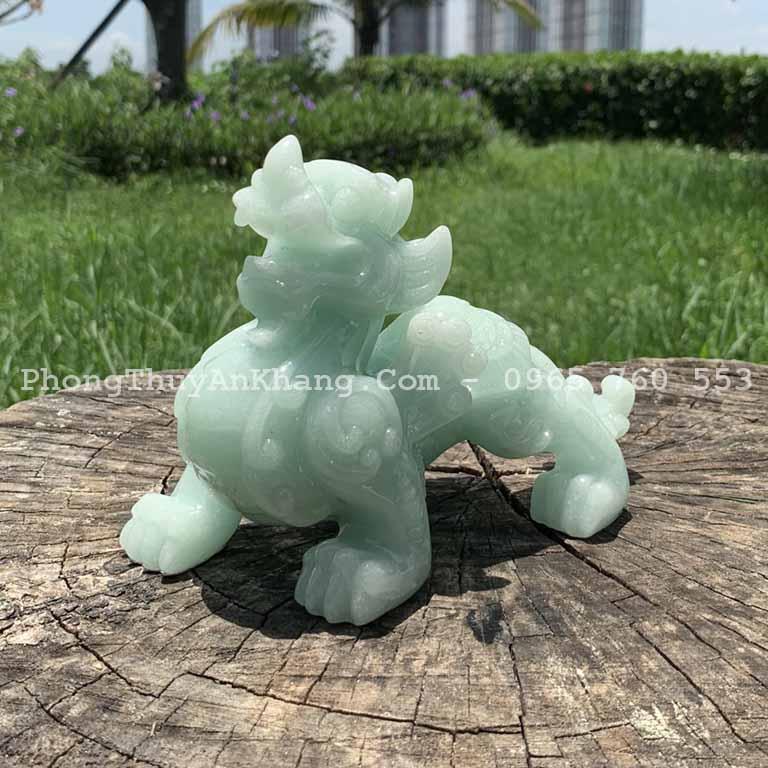 Tỳ hưu đá cẩm thạch xanh ngọc để bàn thờ thần tài - ông địa