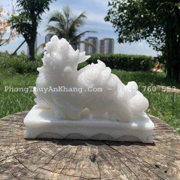Tỳ hưu phong thuỷ đá cẩm thạch trắng để bàn làm việc