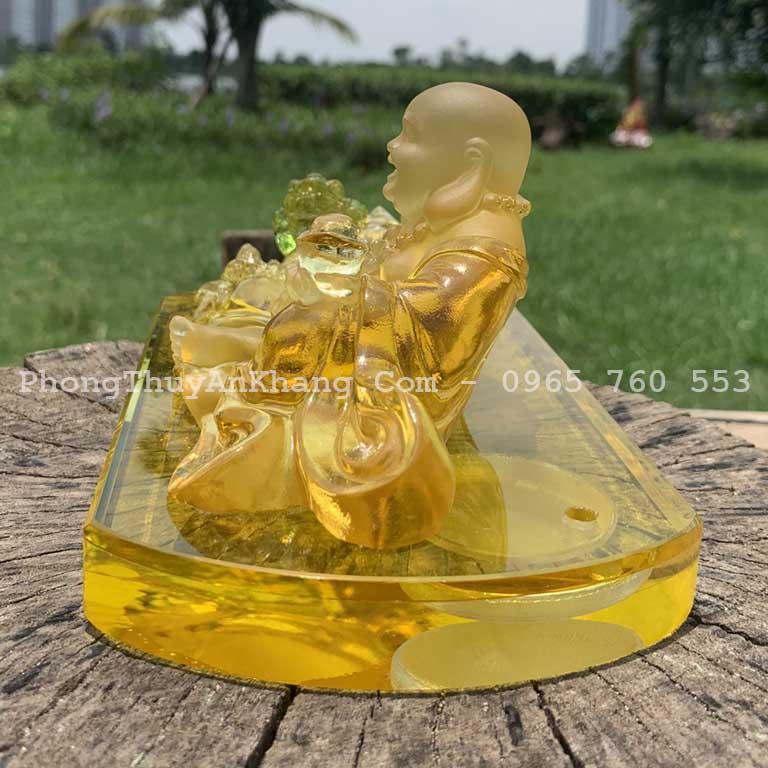 Tượng Phật di lặc để xe hơi có đế nước hoa