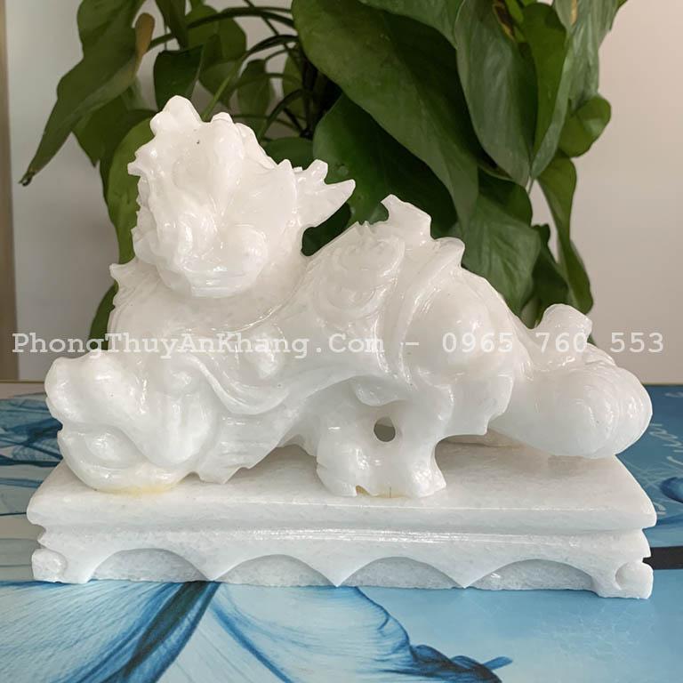 Tỳ hưu đá cẩm thạch trắng (marble) tự nhiên