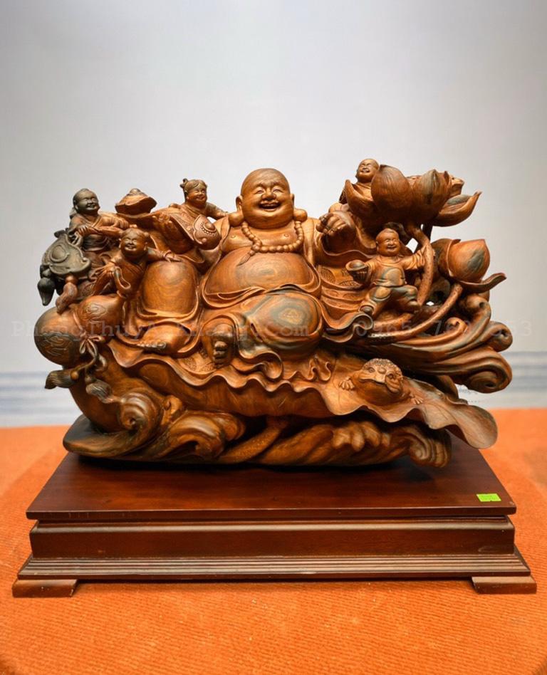 Phật Di Lặc toạ sen gỗ trắc việt