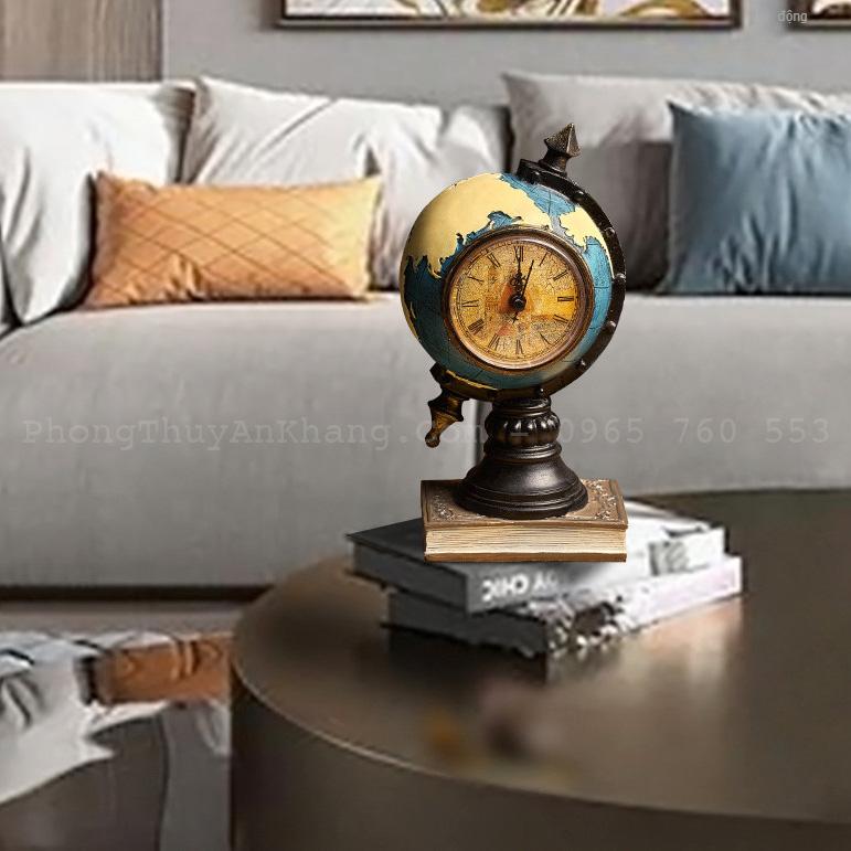 Đồng hồ quả địa cầu để làm việc hoặc deco phòng khách