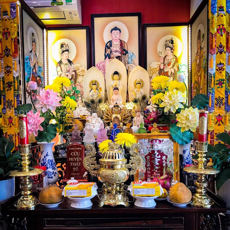 Vị trí lập bàn thờ tây phương tam thánh tại nhà