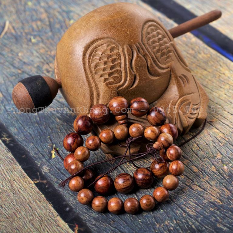 Vòng gỗ sưa có tác dụng tâm linh