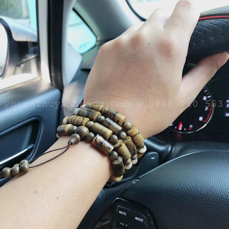 Vòng gỗ sưa đeo tay
