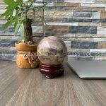 Quả cầu đá gỗ Hoá Thạch để bàn làm việc