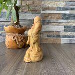 Tượng Phật Di Lặc bằng gỗ để xe hơi