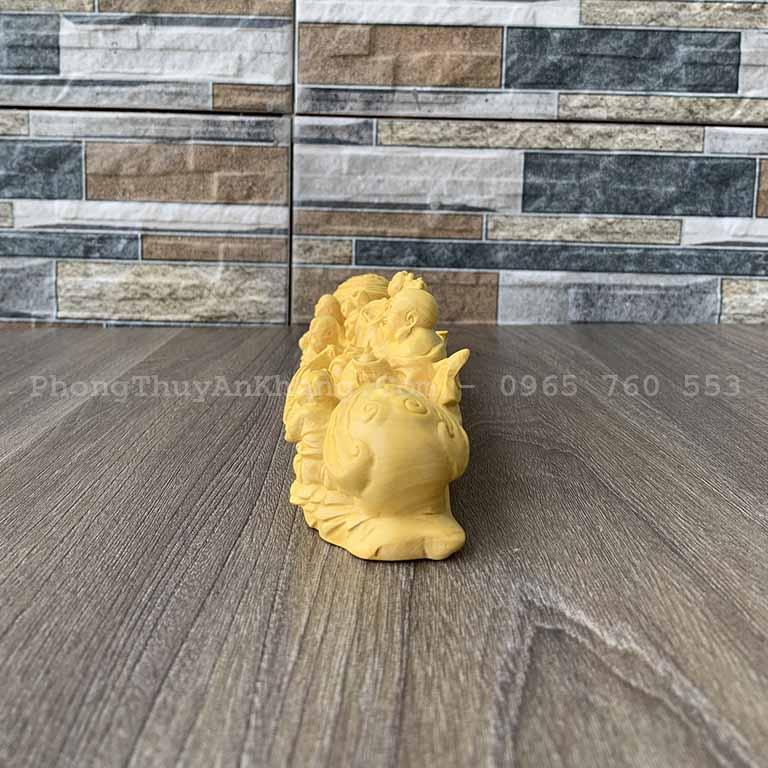 Tượng Phật Di Lạc gỗ hoàng dương để bàn làm việc