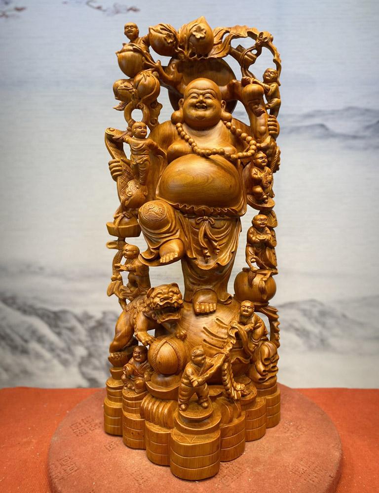 Tượng Phật Di Lặc để phòng khách